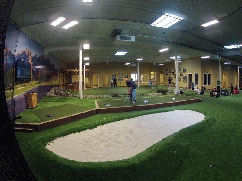 Không có kích thước chuẩn cho sân golf mini
