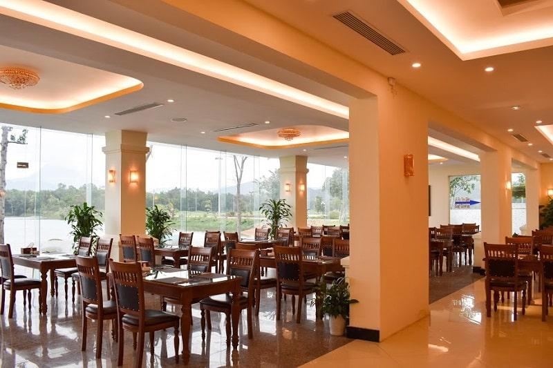 Nhà hàng tại Dai Lai Star Golf & Country Club được thiết kế vô cùng sang trọng