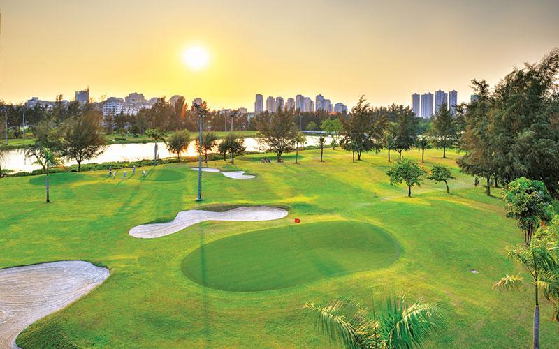 Sân golf Phú Mỹ Hưng có thiết kế 9 lỗ tiêu chuẩn