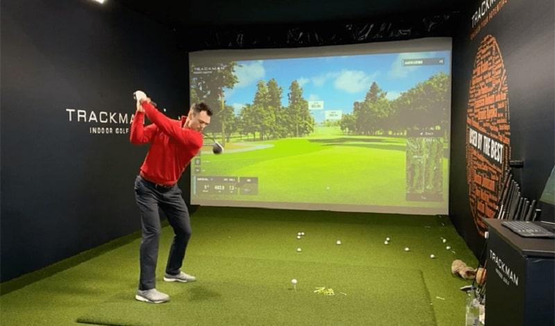 Việc thi công phòng tập golf 3D sẽ không tiêu tốn quá nhiều tiền của golfer