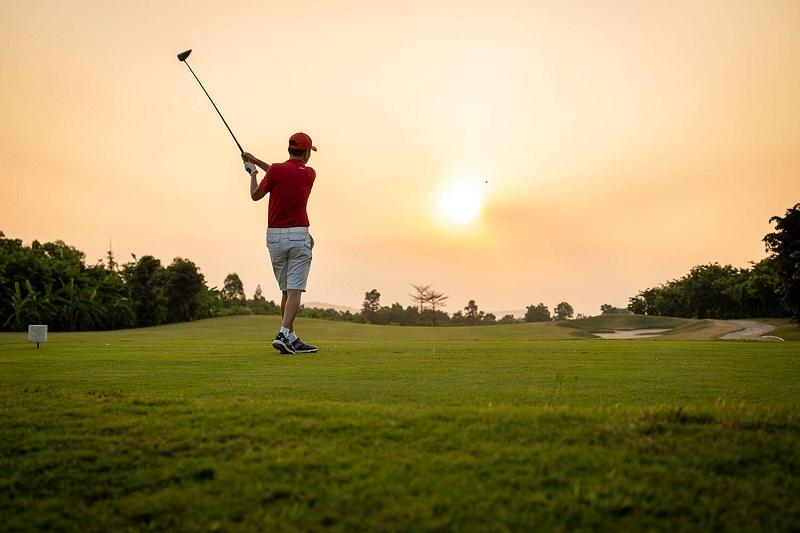 Tại đây, người chơi được trải nghiệm cảm giác đánh golf trong gió