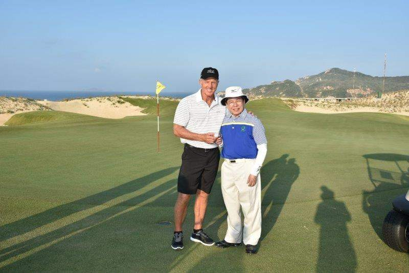 Greg Norman - nhà thiết kế sân golf Cam Ranh