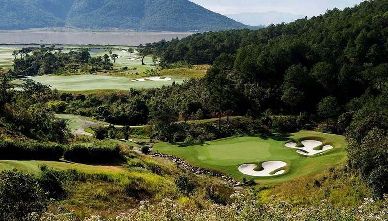 Sân golf Đạ Ròn sử dụng các giống cỏ chuyên nghiệp tạo độ mịn cho mặt sân