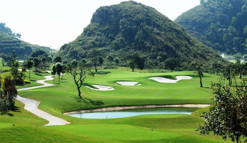 Sân golf Hoàng Gia là một trong những sân chơi đình đám nhất