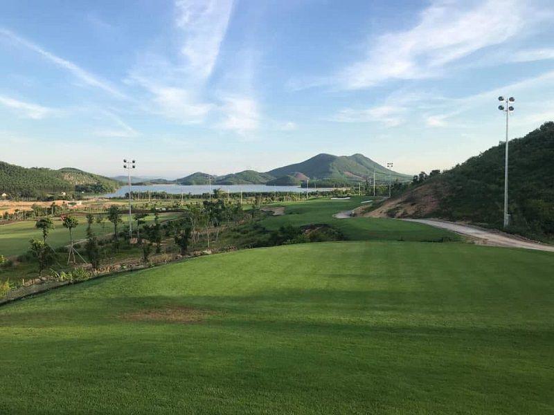 Sân golf Mường Thanh Diễn Lâm