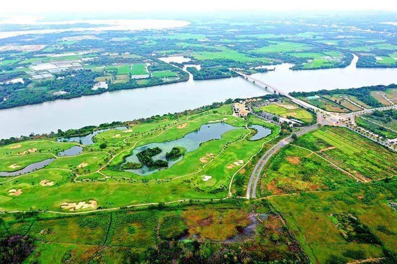 Sân golf Nhơn Trạch Đồng Nai giữa sông nước