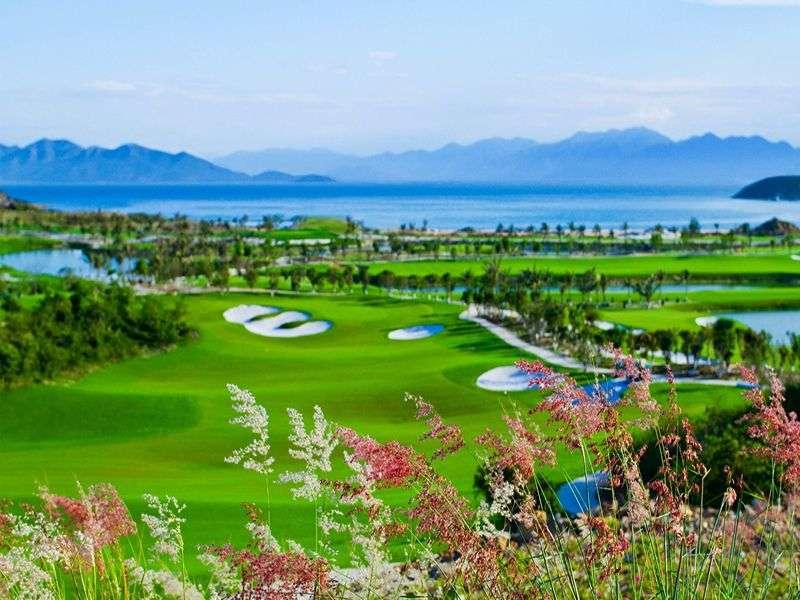 Sân golf Vinpearl Phú Quốc được thiết kế bởi công ty IMG (Mỹ)Sân golf Vinpearl Phú Quốc được thiết kế bởi công ty IMG (Mỹ)