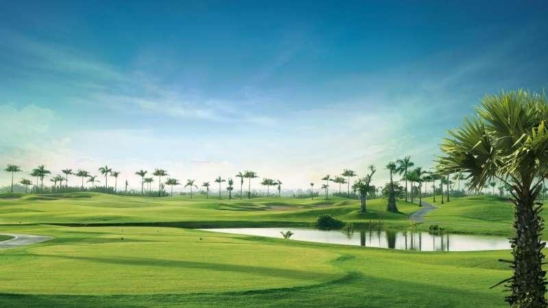 Cửa hàng proshop là nơi golfer có thể tìm thấy những loại vật dụng cần thiết