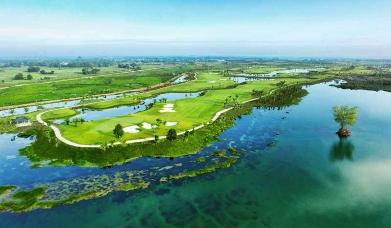 Sân golf West Lake là sân golf mới thu hút nhiều golfer trong và ngoài nước