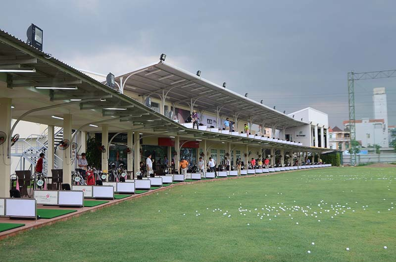 Sân tập golf Mỹ Đình Pearl nổi tiếng ở Hà Nội