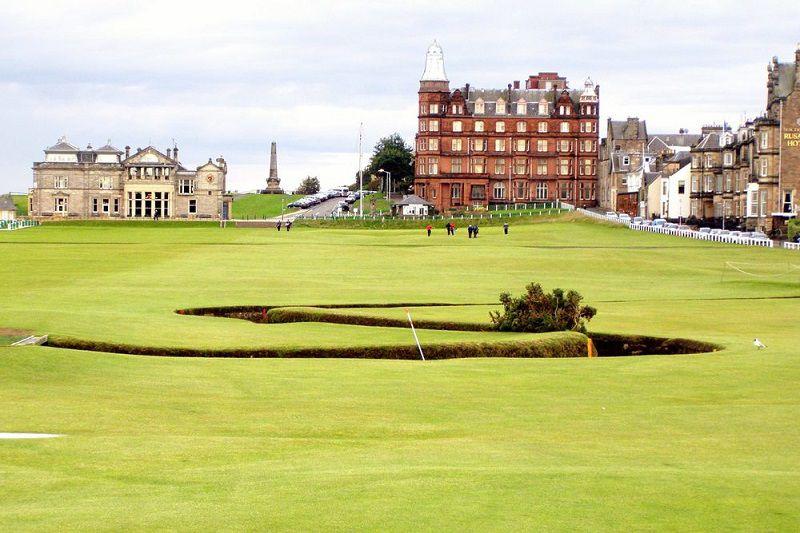 Old Course là sân golf có lịch sử lâu đời nhất trên thế giới