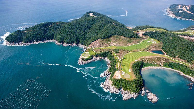 Sân golf đẹp nhất thế giới này thuộc xử sở Kim Chi