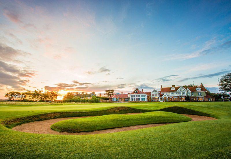 Bất kỳ ai cũng muốn một lần chơi trên những sân golf đẹp nhất thế giới