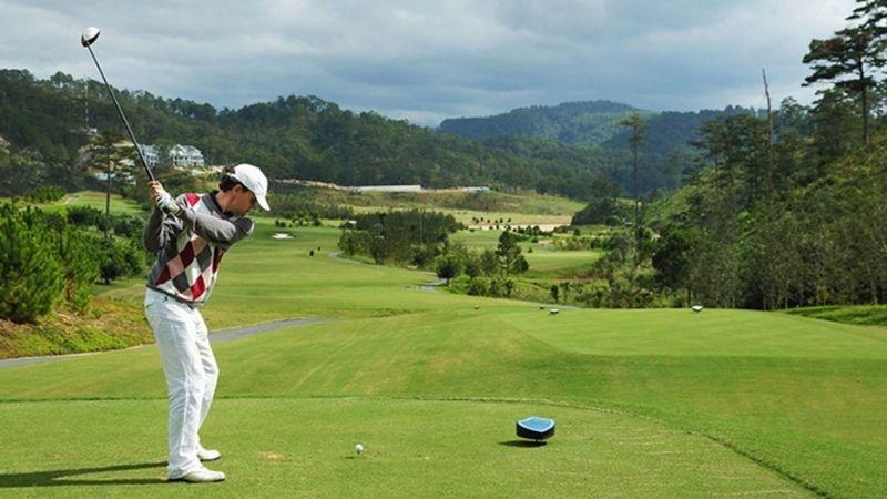 Mỗi lỗ golf tại Sam Tuyền Lâm Golf Club là một thử thách đối với người chơi
