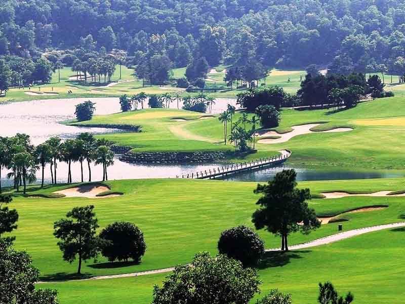 Đầm Vạc là sân golf có nhiều dịch vụ tích hợp