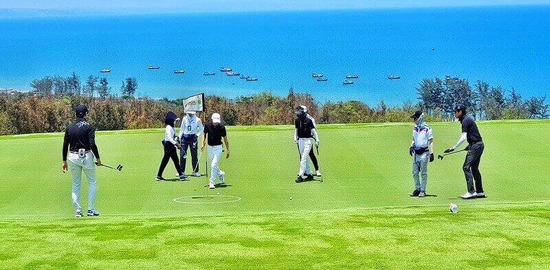 Sân golf thu hút sự quan tâm của nhiều golfer chuyên nghiệp và cả những tay golf nghiệp dư
