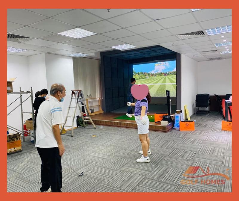 Quy trình lắp đặt phòng golf 3D luôn được giám sát chặt chẽ
