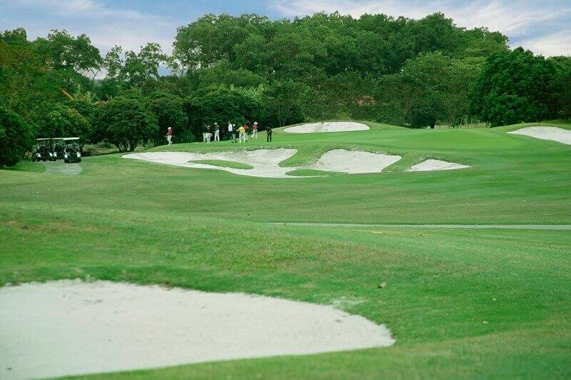 Cập nhật thông tin và bảng giá mới nhất của sân golf Hà Nội Club