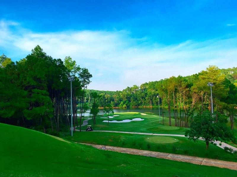 Nơi tiếp giáp với 3 tỉnh tạo thuận lợi cho golfer các vùng lân cận
