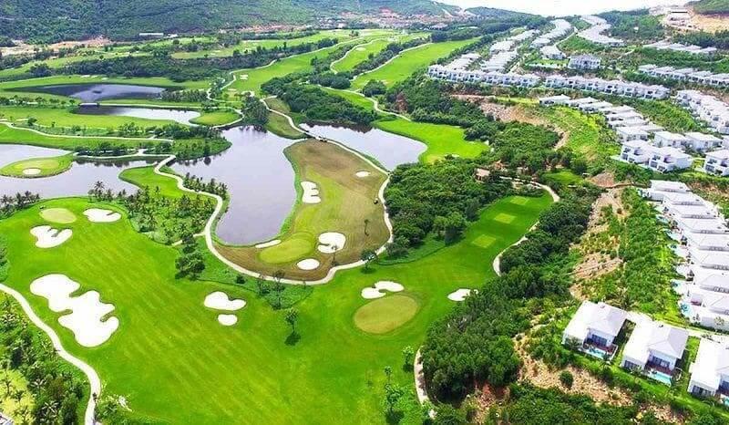 Địa chỉ hấp dẫn nhiều golfer trong và ngoài nước khi sở hữu thiết kế đẹp, đa dạng loại hình dịch vụ