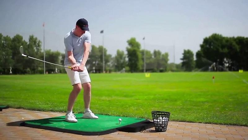 Sân tập golf Đại Từ thu hút một lượng lớn du khách trong nước và Quốc tế