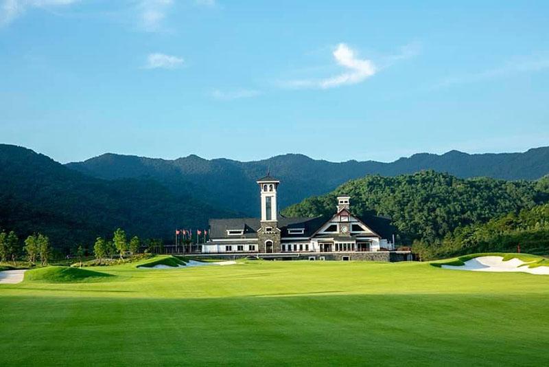 Sân golf Thanh Lanh nằm trong tổ hợp Serena Valley Resort Golf & Club